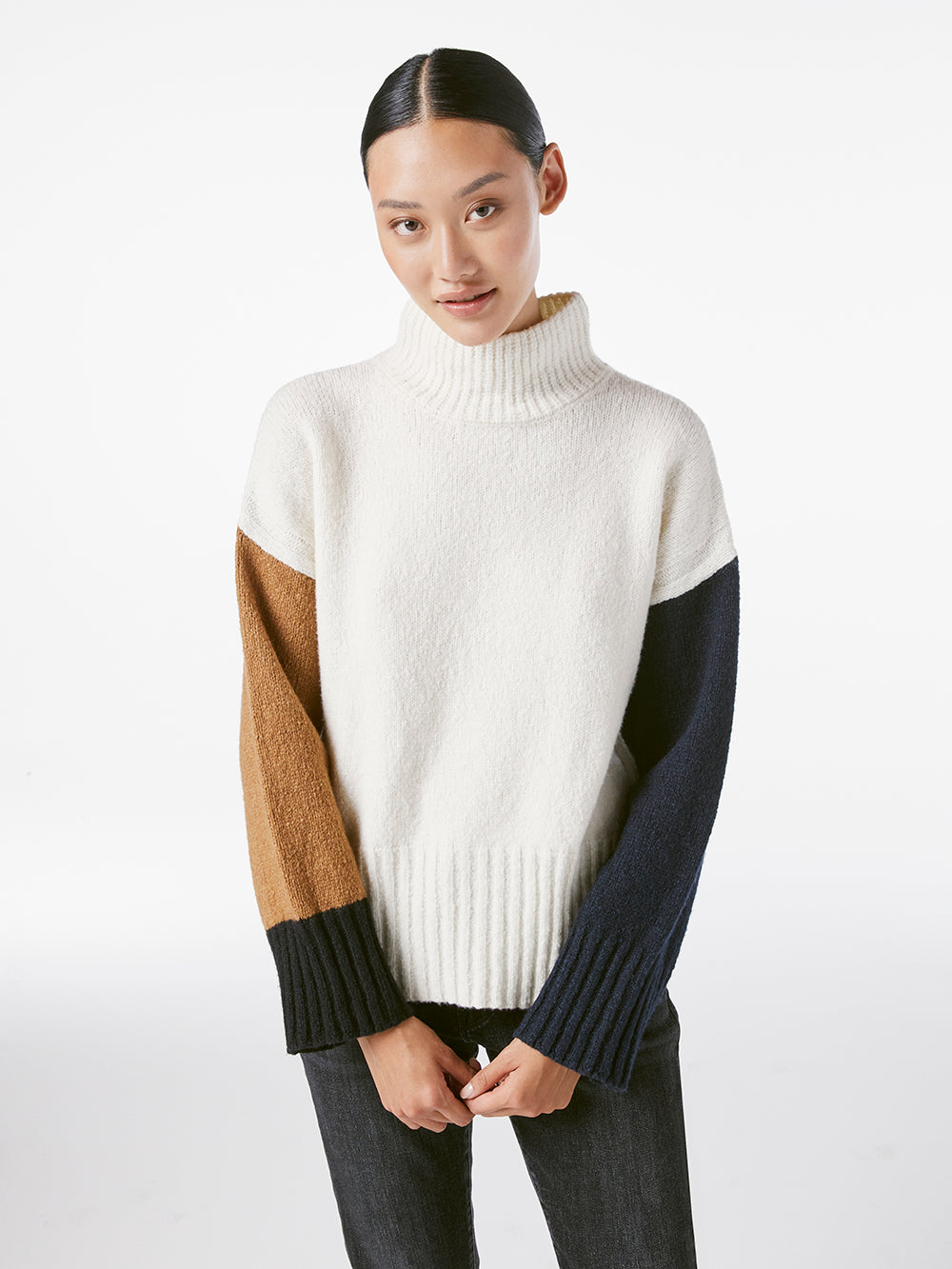sweater front view 2