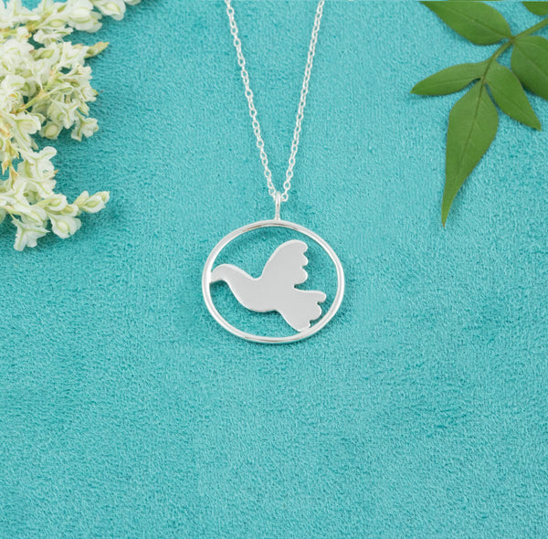 Beautiful Dove Necklace - Milly & Co.