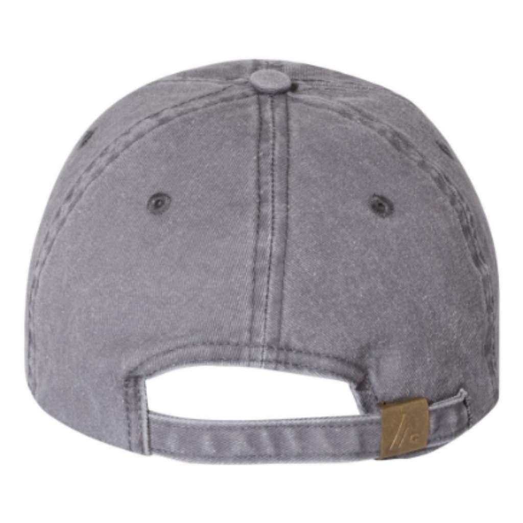 Back of washed hat showing brass buckle to adjust baseball hat - DSY Lifestyle