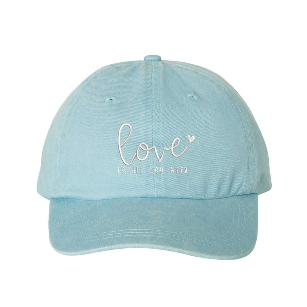 Light Blue washed hat with love is all you need embroidered in white- DSY Lifestyle