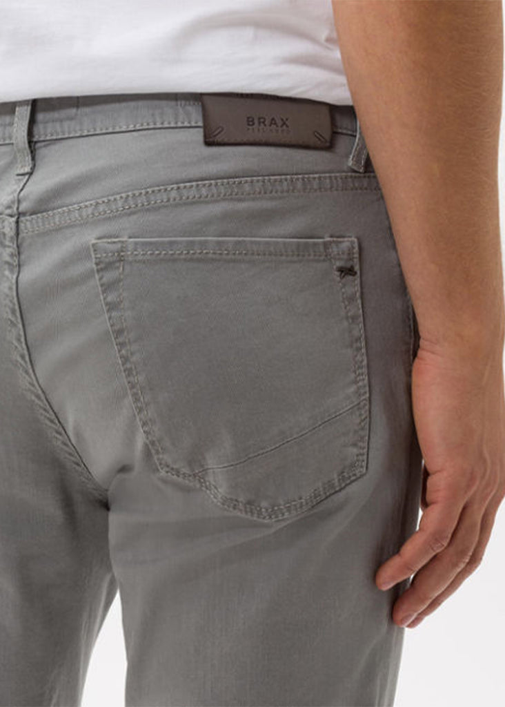 Brax Hi-Flex Color Blue Planet Chuck 5 Pocket Pant | Platin - Jordan Lash Charleston