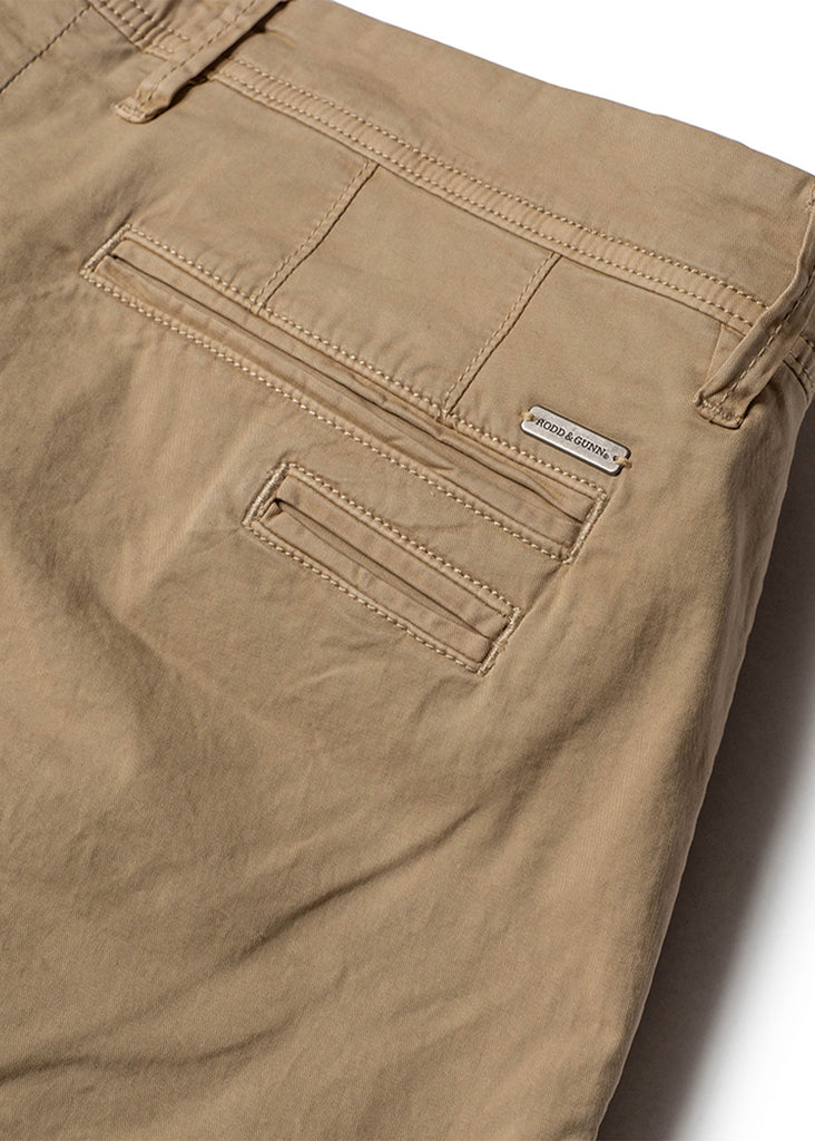 Rodd and Gunn The Peaks Custom Short | Sand - Jordan Lash Charleston