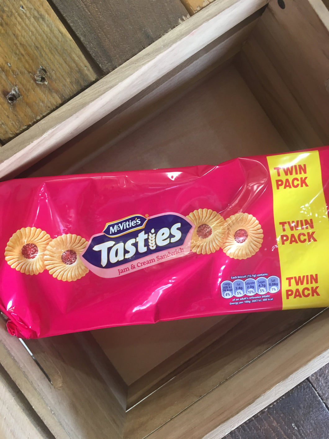 McVities Tasties Jam & Cream Sandwich Twin Pack 2x150g