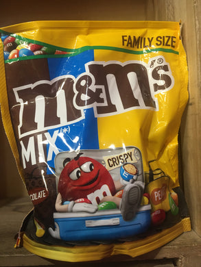 M&M's Peanut, Crunchy & Chocolate Mix Big Family Share Bag 400g