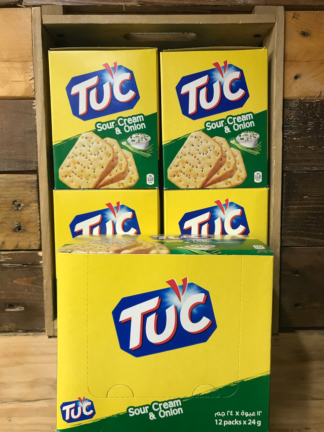 60x Packs of TUC Biscuits Sour Cream & Onion Flavour Snack 6x Biscuit Pack (12x24g)