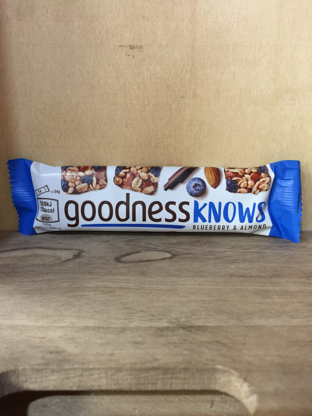 Goodnessknows Blueberry & Almond Cereal Bar 34g