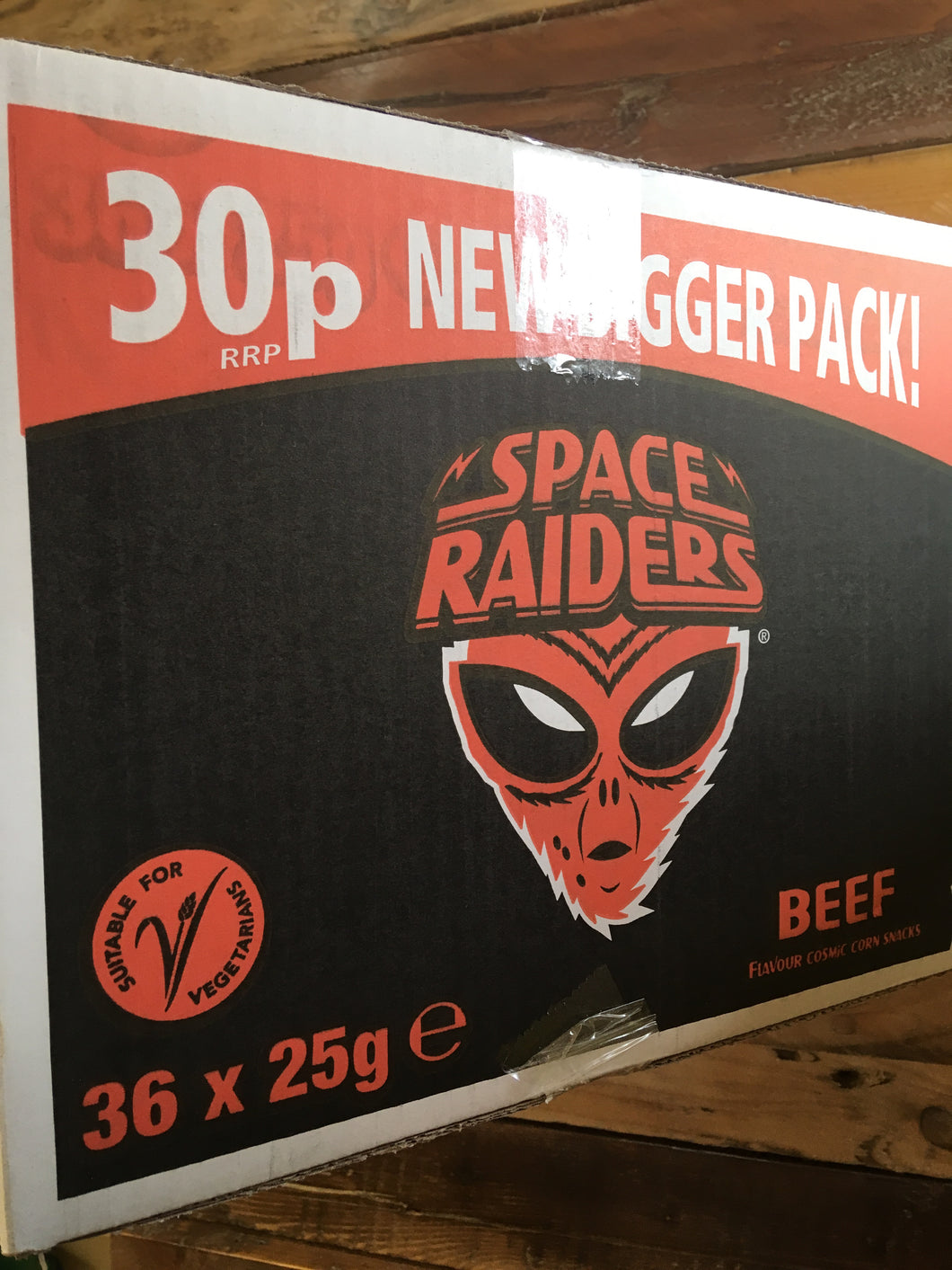 36x Space Raiders Beef Corn Snacks (36x25g)
