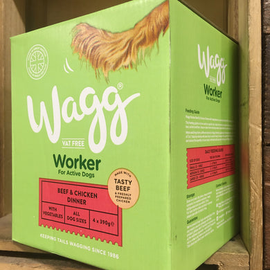 4x Wagg Beef & Chicken Working Wet Dog Food Trays (1 Box of 4x390g Trays)