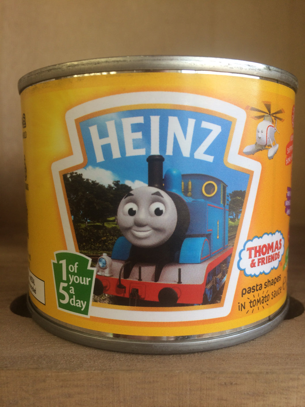 Heinz Thomas and Friends Pasta Shapes in Tomato Sauce 205g