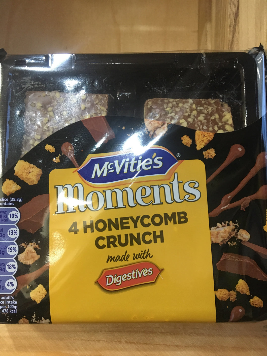 McVitie's Moments 4x Honeycomb Crunch Digestive Cake Bars
