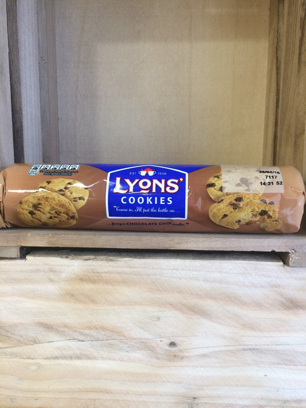 Lyons' Chocolate Chip Cookies 200g