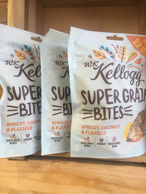 3x Kellogg Super Grains Bites Apricot, Coconut & Flaxseed 120g