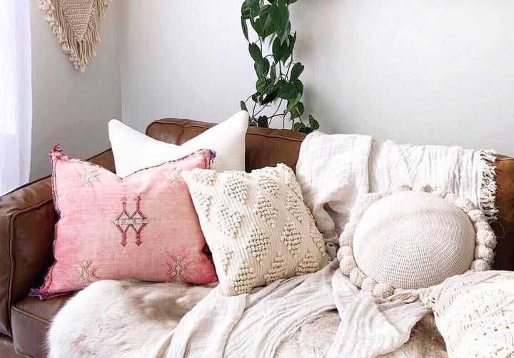 How to Mix & Match Throw Pillows like a Pro