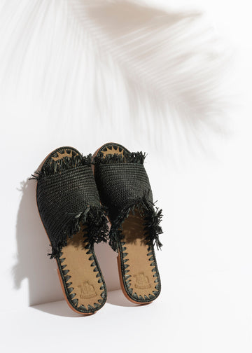 Black Raffia Slippers Handwoven in Morocco