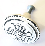 Minstrel 16 Cast Iron Antique White Japanese House Metal Knob - Hip N Humble