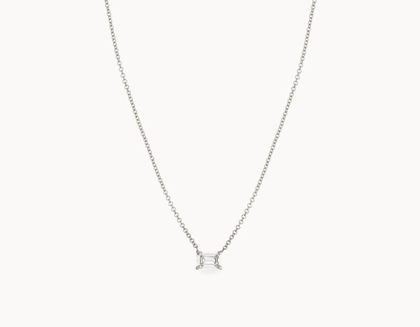 Classic Minimal 18k White Gold 1/2ct Emerald Diamond Necklace