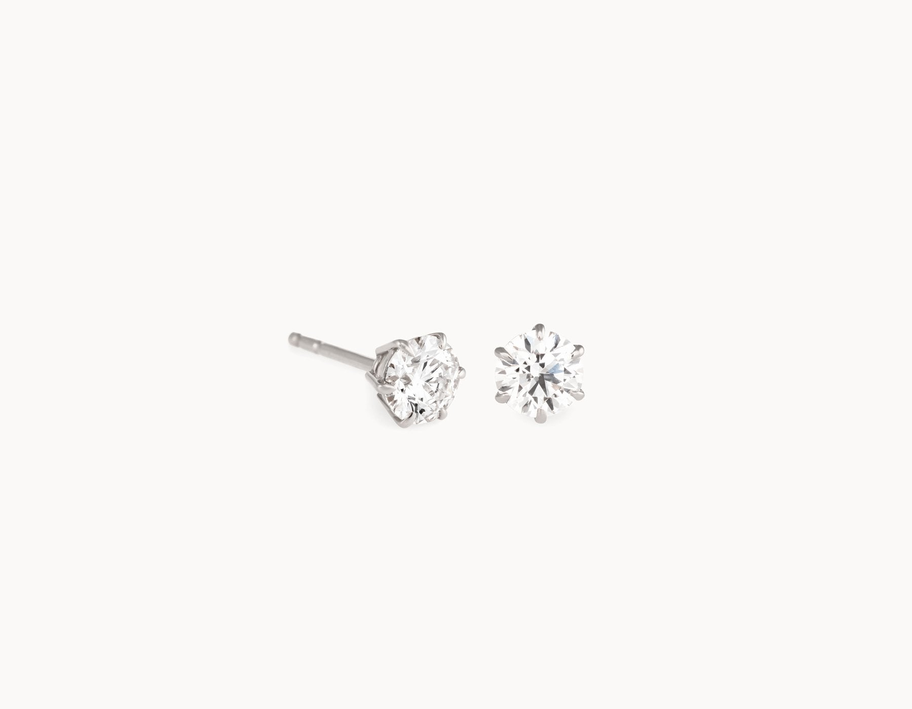 Modern Simple 18k White Gold 1/2ct Round Brilliant Diamond Studs