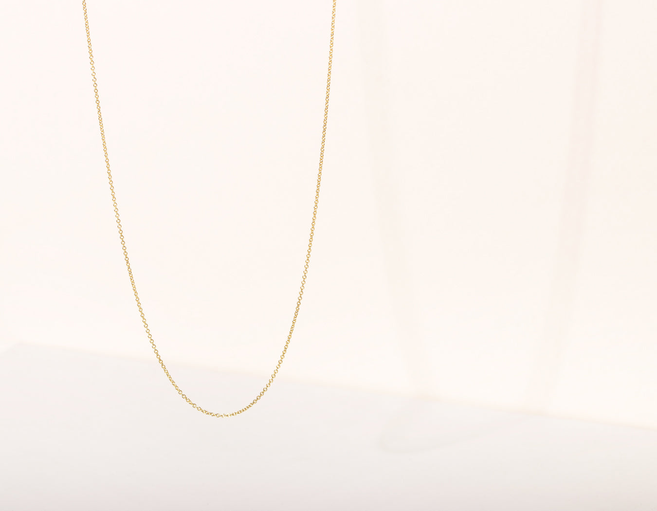 Vrai and Oro Simple Oval Link Chain 14k Solid yellow gold