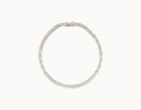 Simple Modern 18k White Gold Baguette Diamond Tennis Bracelet