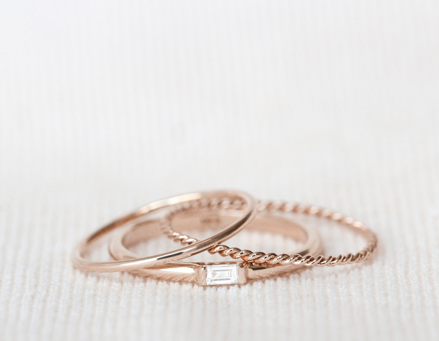 Rose Gold Twist Ring – Vrai & Oro