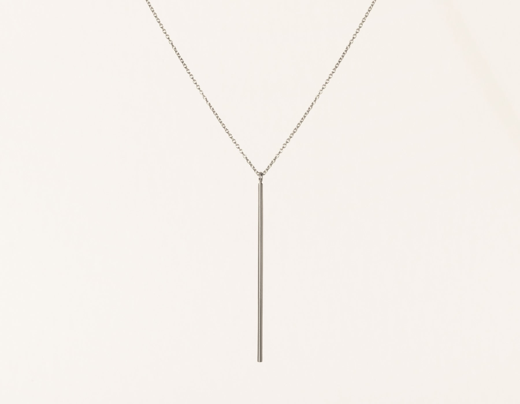 Simple Vrai & Oro Solid 14k White Gold Vertical Bar Necklace