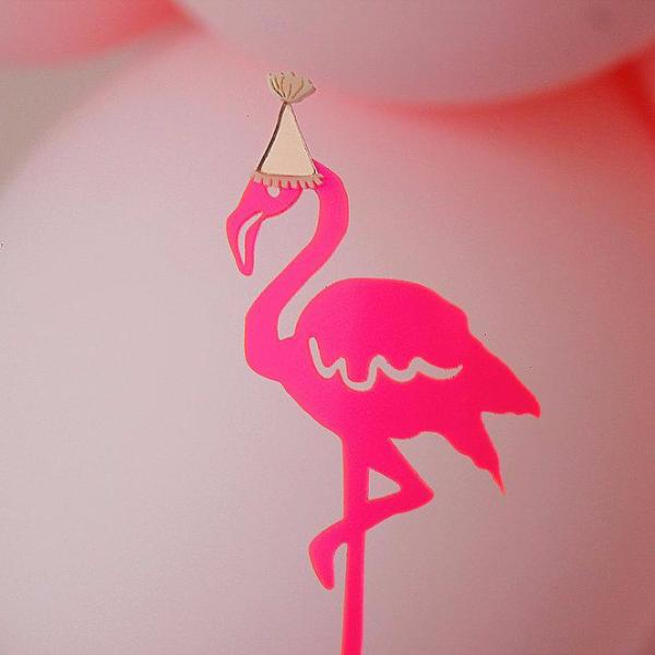 Party Hat Flamingo Cake Topper - Sweet Layer Cake