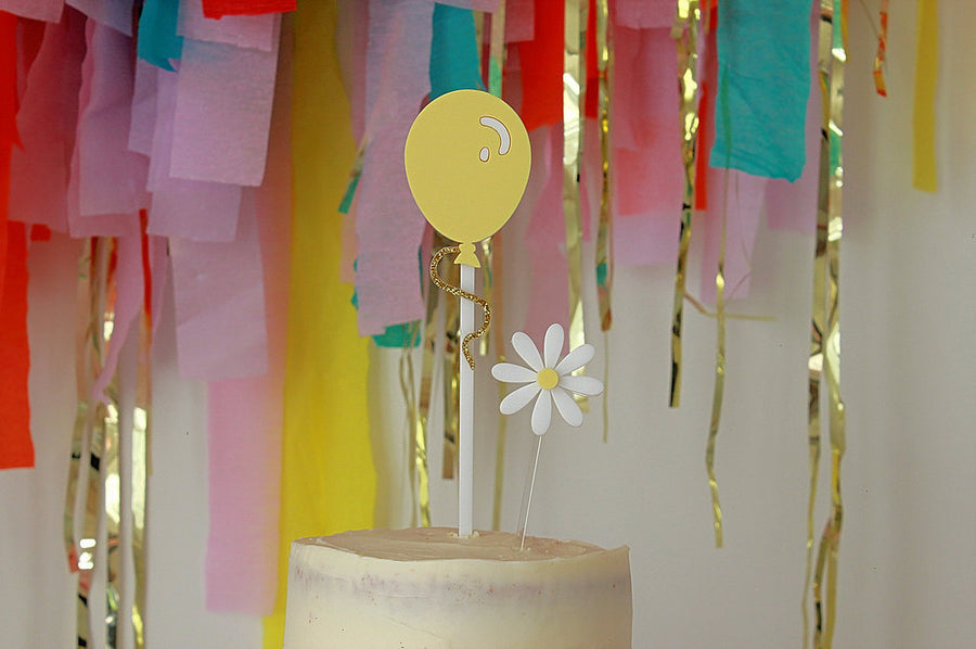 Lemon Pop Balloon Cake Topper - Sweet Layer Cake