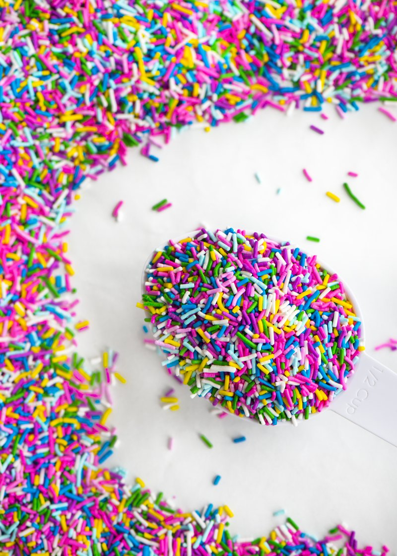 Fantasy Crunchy Sprinkles™ - Sweet Layer Cake
