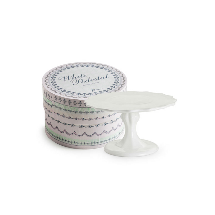 Scalloped Edge Pedestal - White - Sweet Layer Cake