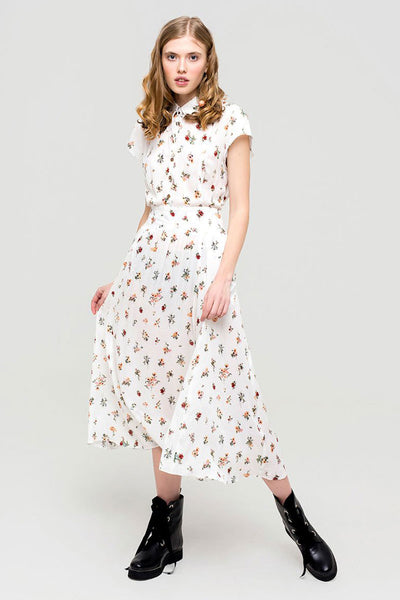 Layla 40's style cotton dress with floral pattern