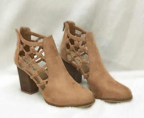 Tangle Camel Booties