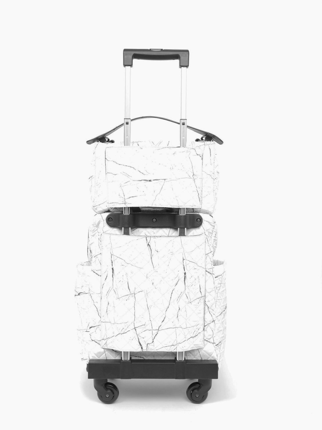 Voyageur Matelassé - The Quilted Traveler White Marble