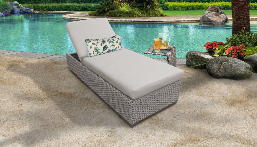 Monterey Chaise Outdoor Wicker Patio Furniture With Side Table