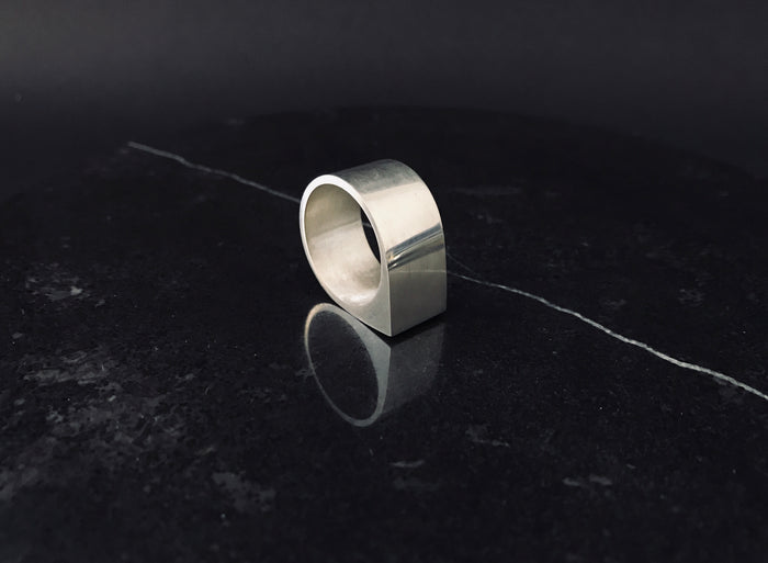 MEN'S VOLTAGE RING