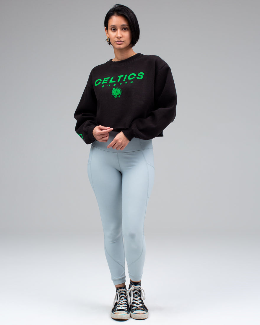 WOMENS CELTICS CROPPED FLEECE