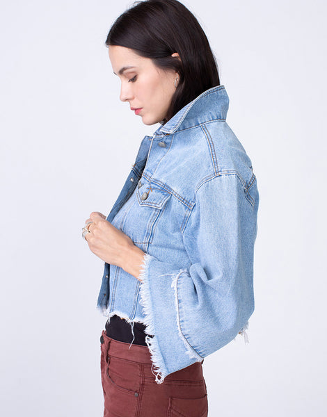 DRE Cropped-Boxy Oversized Trucker in Bell