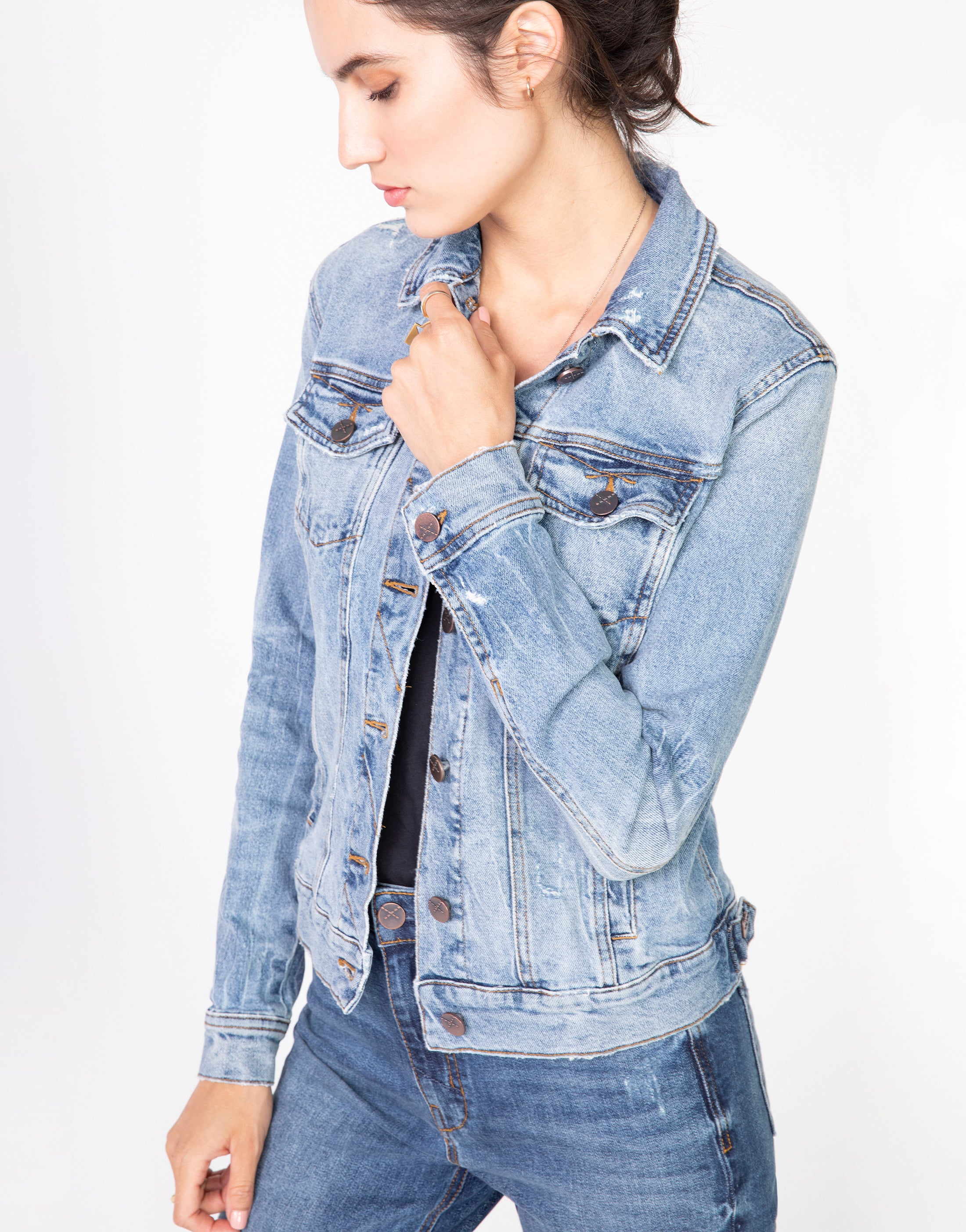 ABBIE Fitted Trucker Jacket in Decades