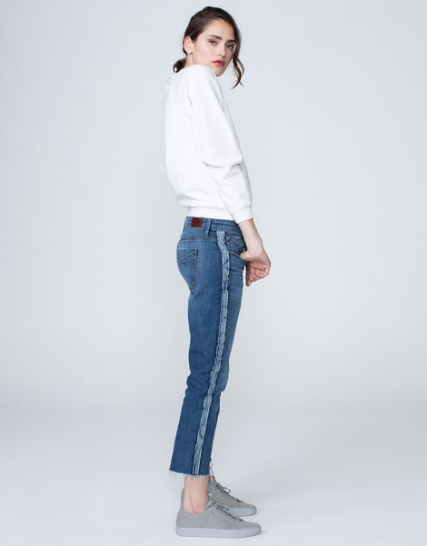 HAYDEN Cropped Girlfriend Jean in Split