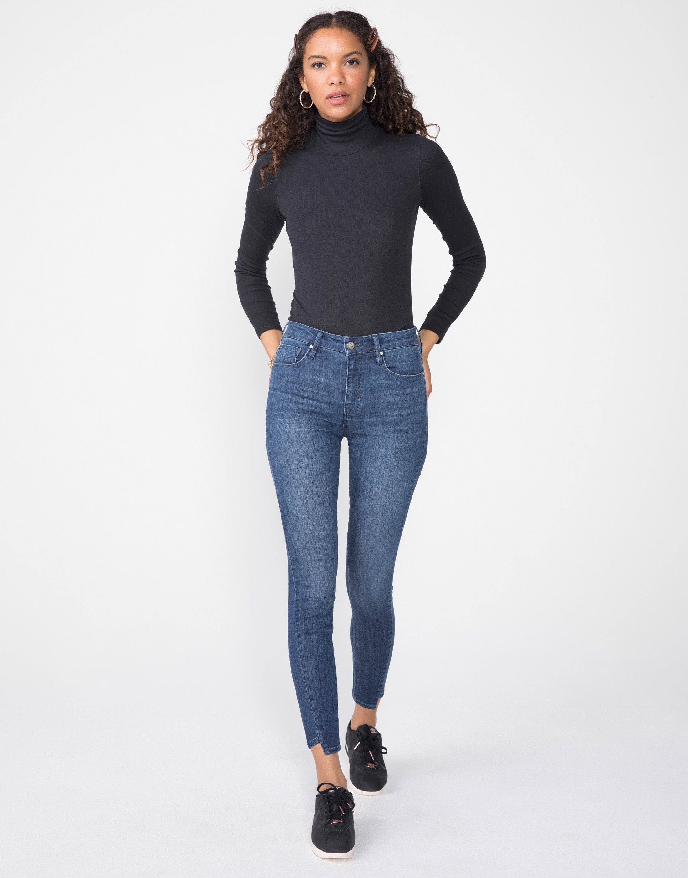 KORA Mid Rise Skinny in Shift