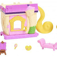 Disney Doorables Mini Playset Rapunzel's Creative Corner look inside