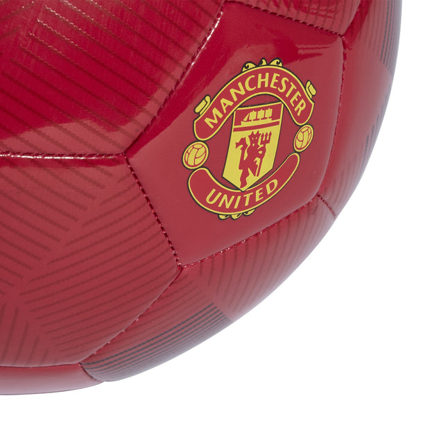 separation shoes d2a8c 25f2b ADIDAS MANCHESTER UNITED RED SOCCER BALL – INSPORT