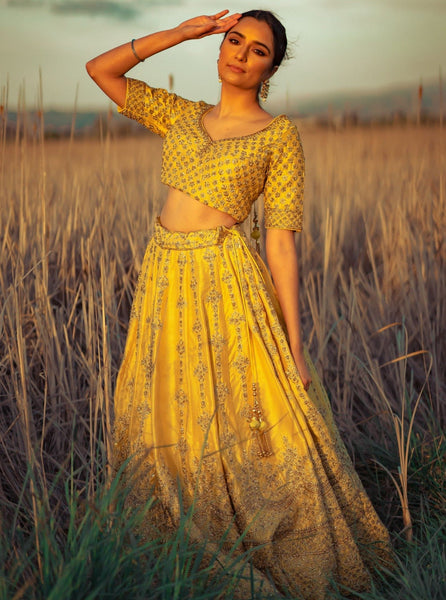 Warm yellow for fashion color therapy
