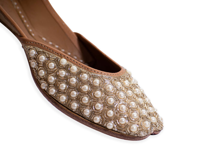 Staygold - Tan Brown Ladies' Punjabi Jutti with Zardozi and Beadwork