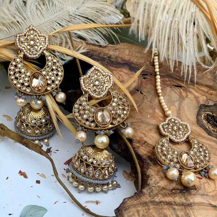 Aadila Tikka Set - bAnuDesigns
