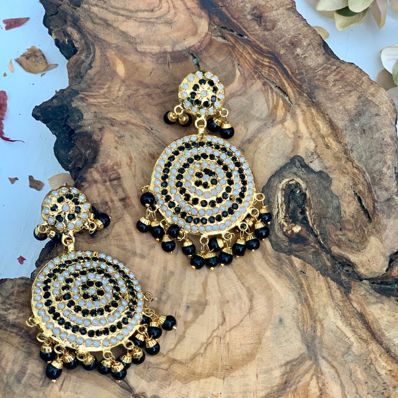Faaiza Tikka Set - bAnuDesigns