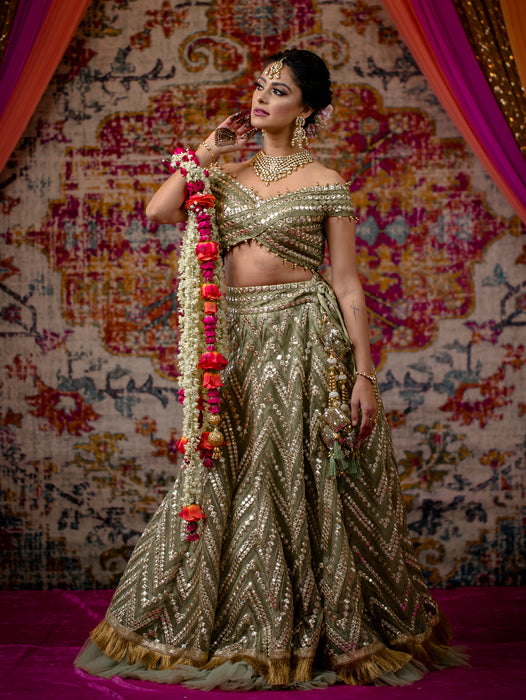 Mendhika Bridal Lehenga - Indian Bridal Wear - bAnuDesigns