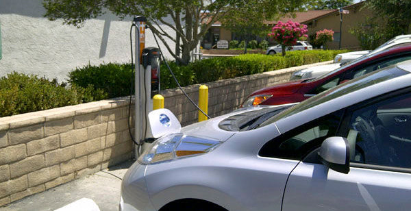 Global Electric Vehicle Charger Market to Grow at a CAGR of 43.7% by 2021