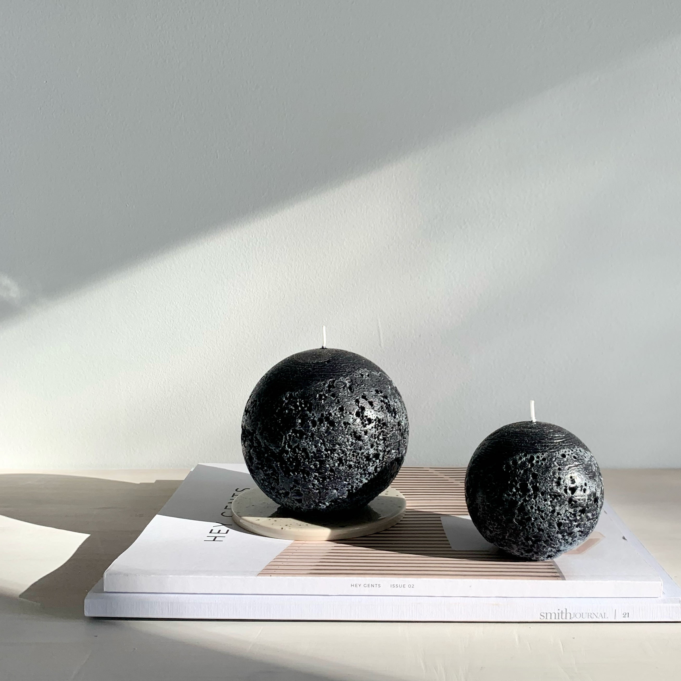 Rustic black ball candles