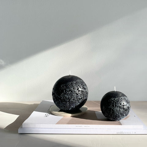 Black ball candles