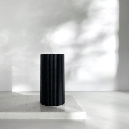 Black ripple pillar candle